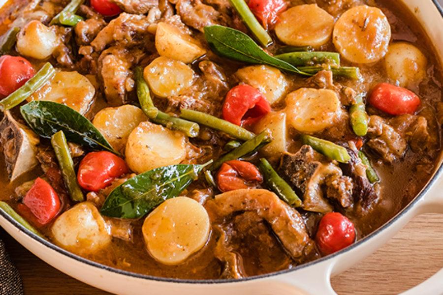 Lamb Knuckle & Sweet Piquanté Pepper Bredie Recipe